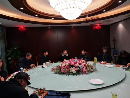 泌阳县老记者协会表彰王有震王瑜廷等新闻老兵