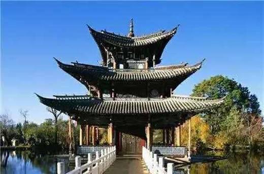 廊腰缦回,檐牙高啄 中国古建的空间转换之美